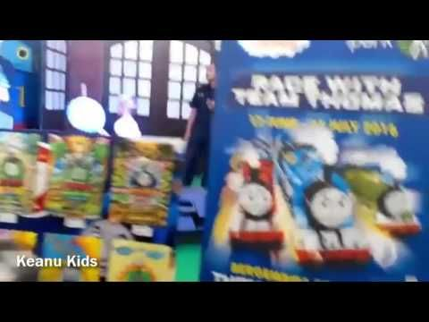 real life thomas and friends bersama pengawas gendut Keanu Kids