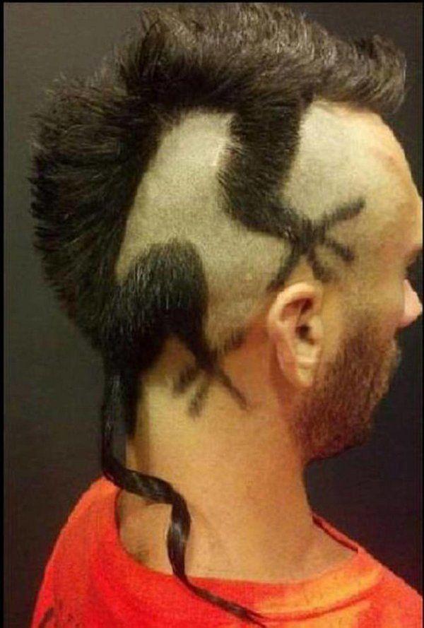 Corte de cabello con iguana