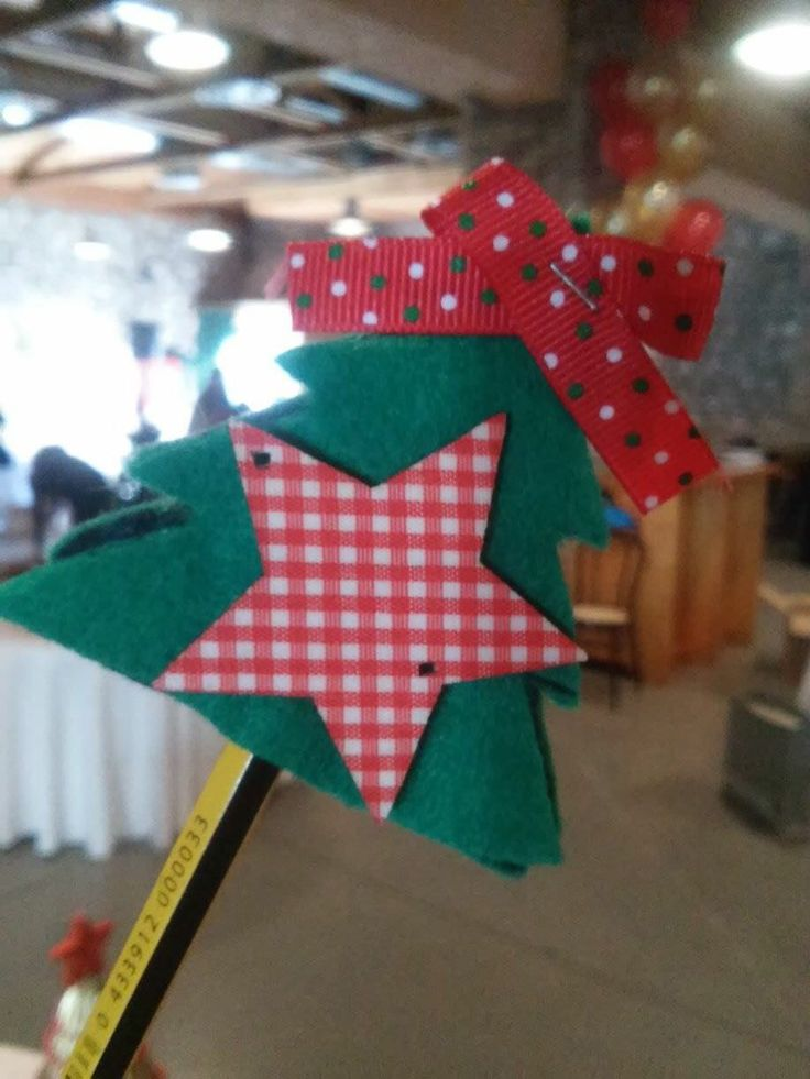 Handmade Christmas Tree for Pencils made from Felt  Χειροποίητο Χριστουγεννιάτικο Δέντρο από Τσόχα για μολύβι