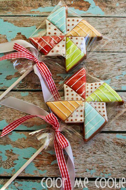 pinwheel cookies made by Color Me Cookie. www.colormecookie.com