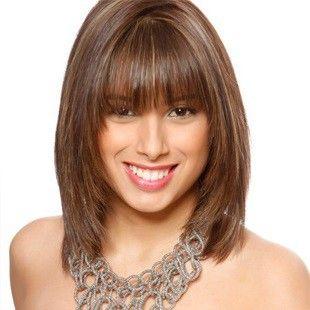 фото стрижек на среднюю длину волос с челкой