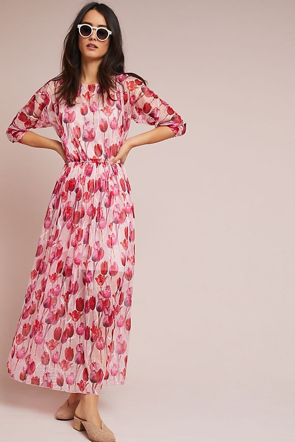 2026281557b Shopping at Anthropologie as a Plus Size Woman  tips for shopping for your  size and shape at straight size retailers when you wear a woman s size  14-22.