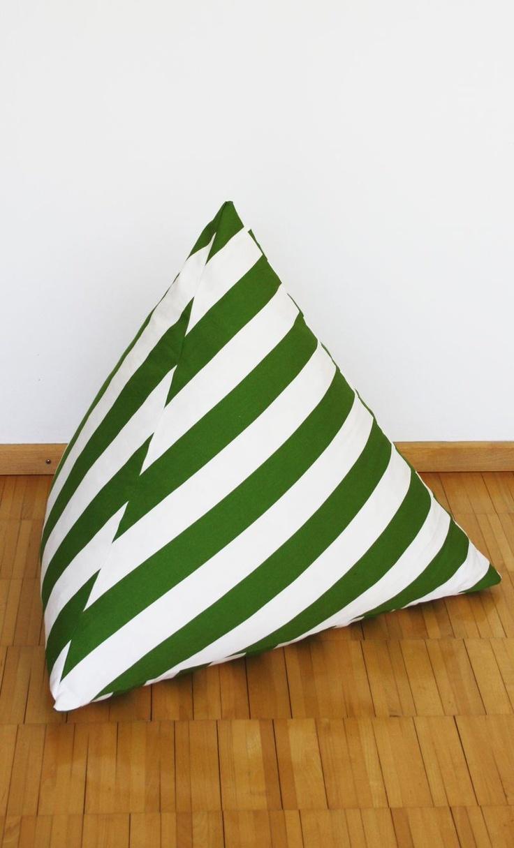 ber ideen zu sitzsack kinder auf pinterest einschlagdecke schnittmuster und sitzsack. Black Bedroom Furniture Sets. Home Design Ideas