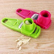 Útil de múltiples funciones Mini jengibre ajo prensa molienda cepilladora rallador trituradora máquina de cortar de cocina Chopper herramienta accesorios de cocina(China (Mainland))