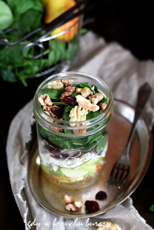 Sałatka ze świeżego szpinaku, jabłka i awokado #4