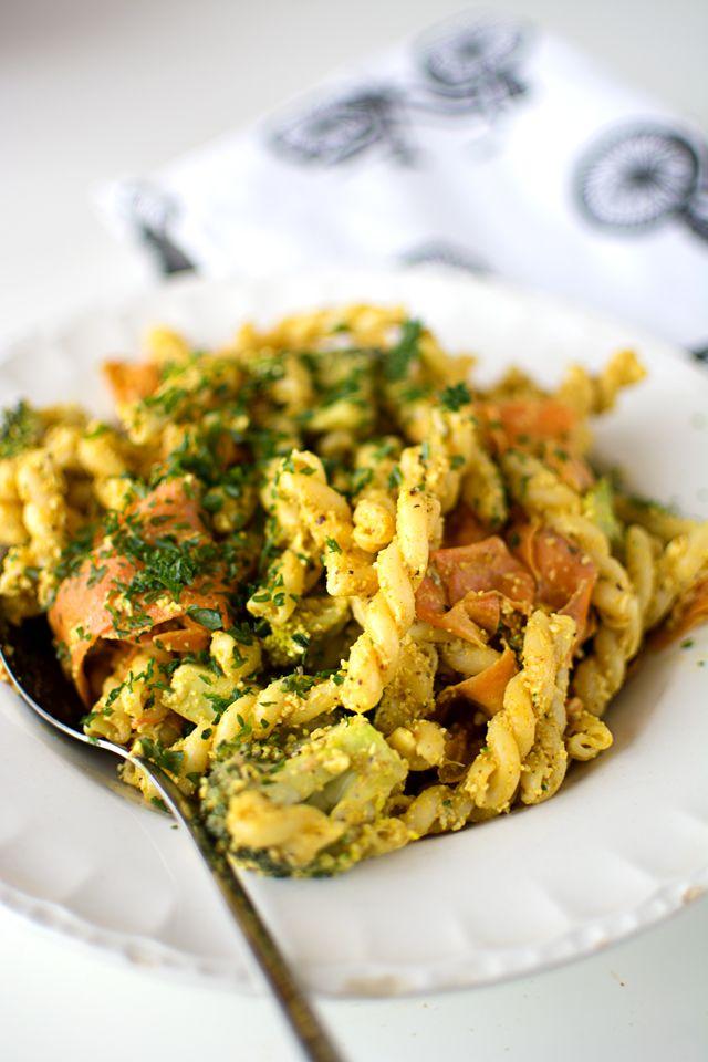 Vegetarisk cashewpasta med curry
