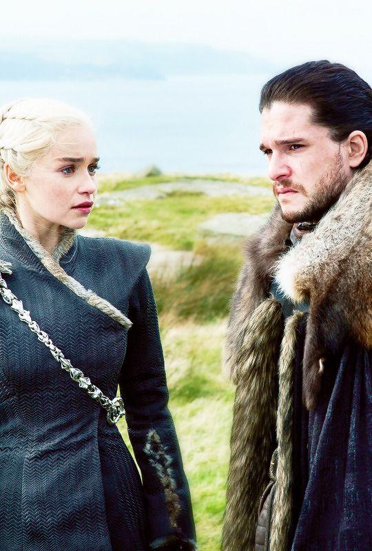 """iheartgot: """"""""Jon Snow & Daenerys Targaryen in 7.05 """"Eastwatch"""" {x} """" """""""