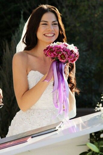 Demet Özdemir, Turkish Actress