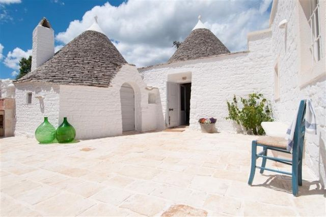 PV1670  via Puglia Vakanties Want to go there!!