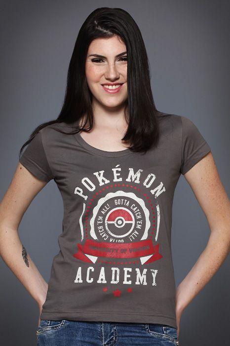 Camiseta Pokémon University - Chico Rei http://chicorei.com/1113-pokemon-university.html