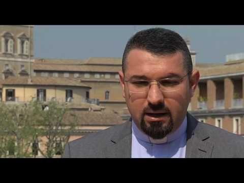 """Sacerdote iraquí: """"Tenemos que perdonar incluso a quienes guiaron al ISIS hasta nuestras casas"""" - ROME REPORTS"""