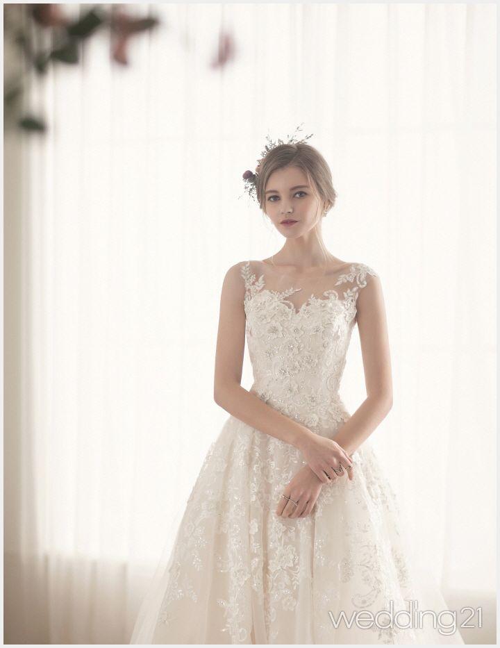 생애 가장 로맨틱한 순간 웨딩드레스를 입은 신부, 쿤스트웨딩