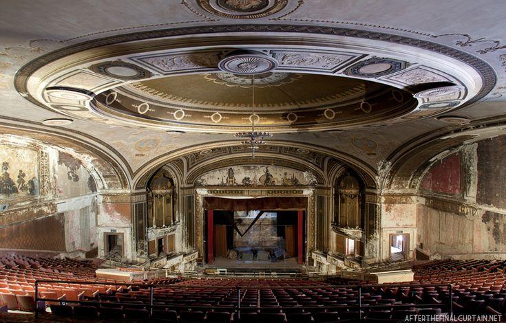 Loews Poli Theatre, built in 1922 as the Poli's Palace Theatre. Bridgeport, Connecticut.