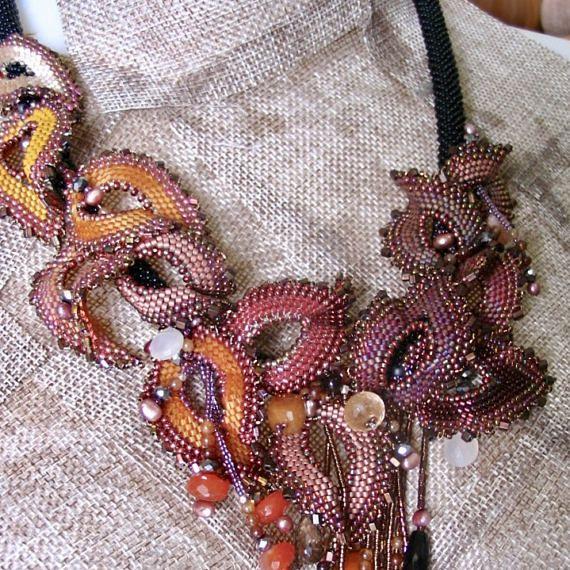 Foglie di autunno sole perline - collana