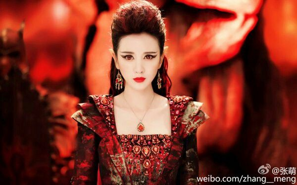#Yan Da ICE FANTASY- My inspiration for my character in L'EXPÉRIENCE : Aconia