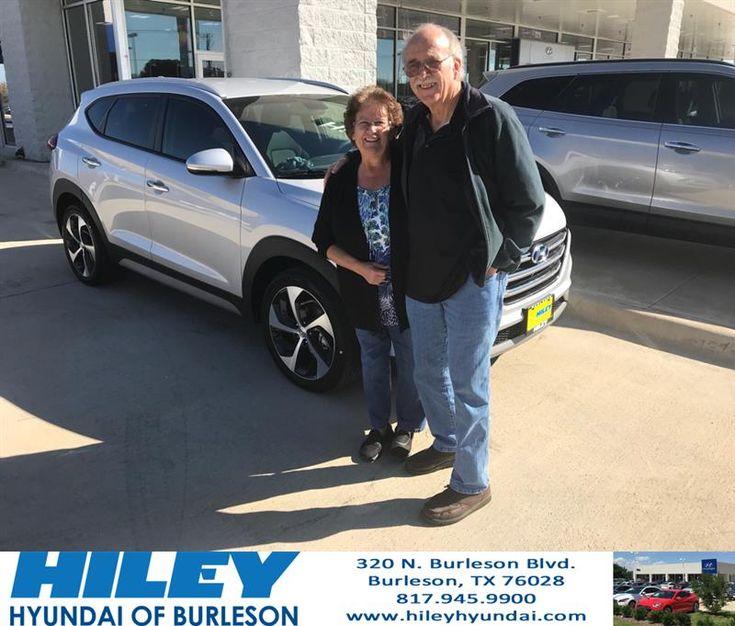 Congratulations Donna on your #Hyundai #Tucson from Onye Madu at Hiley Hyundai of Burleson!  https://deliverymaxx.com/DealerReviews.aspx?DealerCode=KNWA  #HileyHyundaiofBurleson