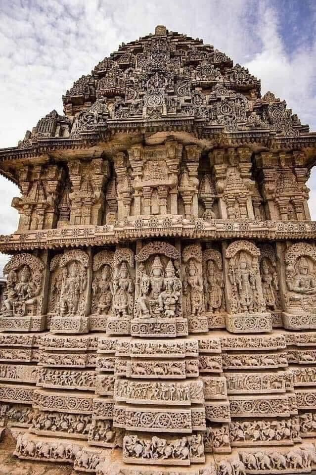 Pin By Martha Suyapa Lobo Moya On Grandes Estructuras Ancient Indian Architecture Indian Temple Architecture Temple Photography