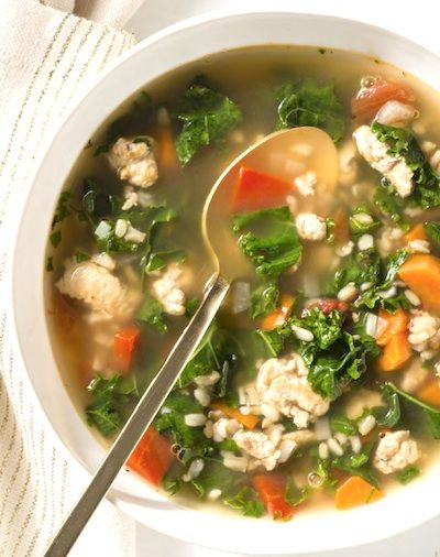 Recipe: Giada's Turkey, Kale and Brown Rice Soup (using leftover turkey) - Recipelink.com