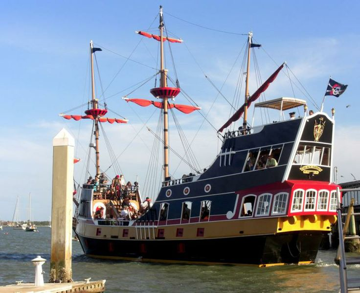 Black Raven Pirate Ship St Augustine America S Oldest