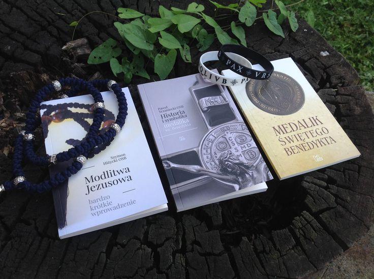 50% taniej :) szczegóły znajdziesz na blogu: http://blog.tyniec.com.pl/wprowadzenie-do-modlitwy-jezusowej-2-ksiazki-o-medaliku-sw-benedykta-o-50-taniej-tylko-do-niedzieli-21-sierpnia/