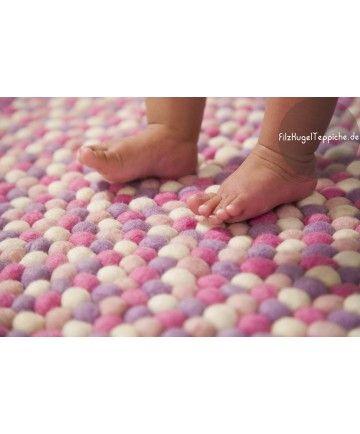 Rosa teppich rund  Die besten 20+ Filzkugel teppich Ideen auf Pinterest | Filzkugel ...