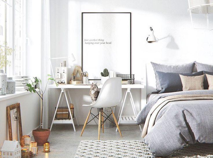 bureau scandinave dans un coin de la chambre coucher adulte blanche
