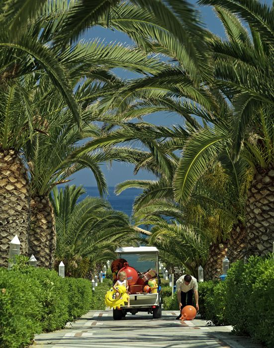 Experience the perfect family getaway in Crete @Knossos Royal. Check here: http://bit.ly/1w3fRhv #family #dreams
