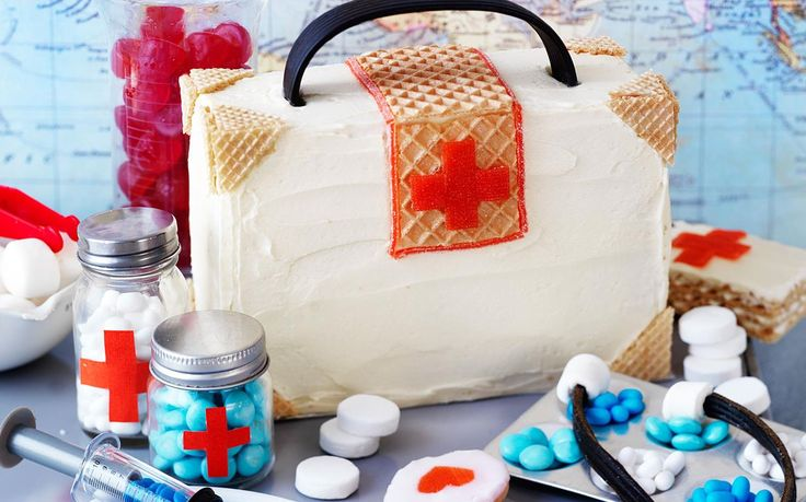 When I grow up I want to be a doctor! This cake is fun and interactive with the blue M&M pills and stethoscope made out of licorice. Great fun for little doctors and nurses!