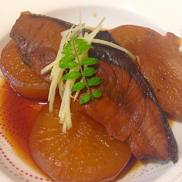ปลาสำลี ต้มหัวไช้เท้า - 11件のもぐもぐ - ブリ大根 buri daikon by sirakorn owada