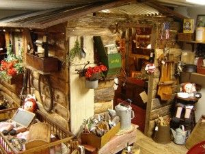 Creative Antique Booths   Small-town antiques mall is an inspiration for the antiques business