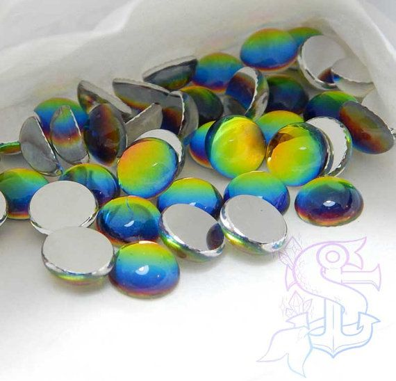 You will receive 3 cabochons. Color shifts showing sunning and shiny hues! They can be used for different purposes as fine handmade jewelry, and many others craft project! Please allow a minimum color differences due to different monitor settings from mine to yours! (¯`·.¸¸.-> °º Cabochon measurements: ø10mm º° <-.¸¸.·´¯)  .•°¤*(¯`★´¯)*¤°°¤*(¯´★`¯)*¤°•..•°¤*(¯`★´¯)*¤°°¤*(¯´★`¯)*¤°•..•°¤*(¯`★´¯)*¤°  *Shipping method informations*   You can choose between 2 shipping methods: ECONOMY…