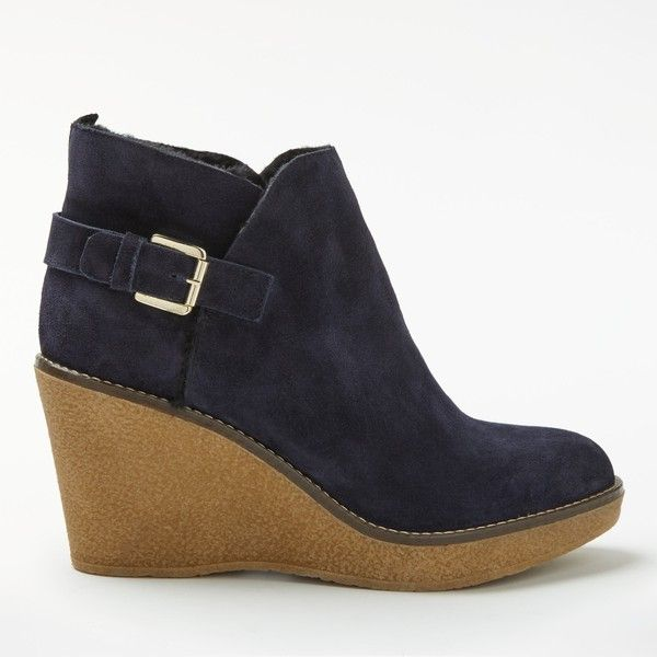Boden Shearling Wedge Heeled Ankle Boots ($150) ❤ liked on Polyvore featuring shoes, boots, ankle booties, navy, wedge heel booties, flat ankle boots, wedge boots, flat booties and shearling-lined boots