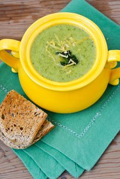 A skinny broccoli cheese soup: only 110 calories and 6g fat, but with all of the flavor of the traditional version. Got to try this.