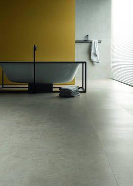 """Wenn Bodenfliesen zu """"kalt"""" sind: Design-Vinyl auf Trägerplatte – leise, robust und fußwarm. Toll im Bad, weil feuchtraum-geeignet. Anschauen und …"""
