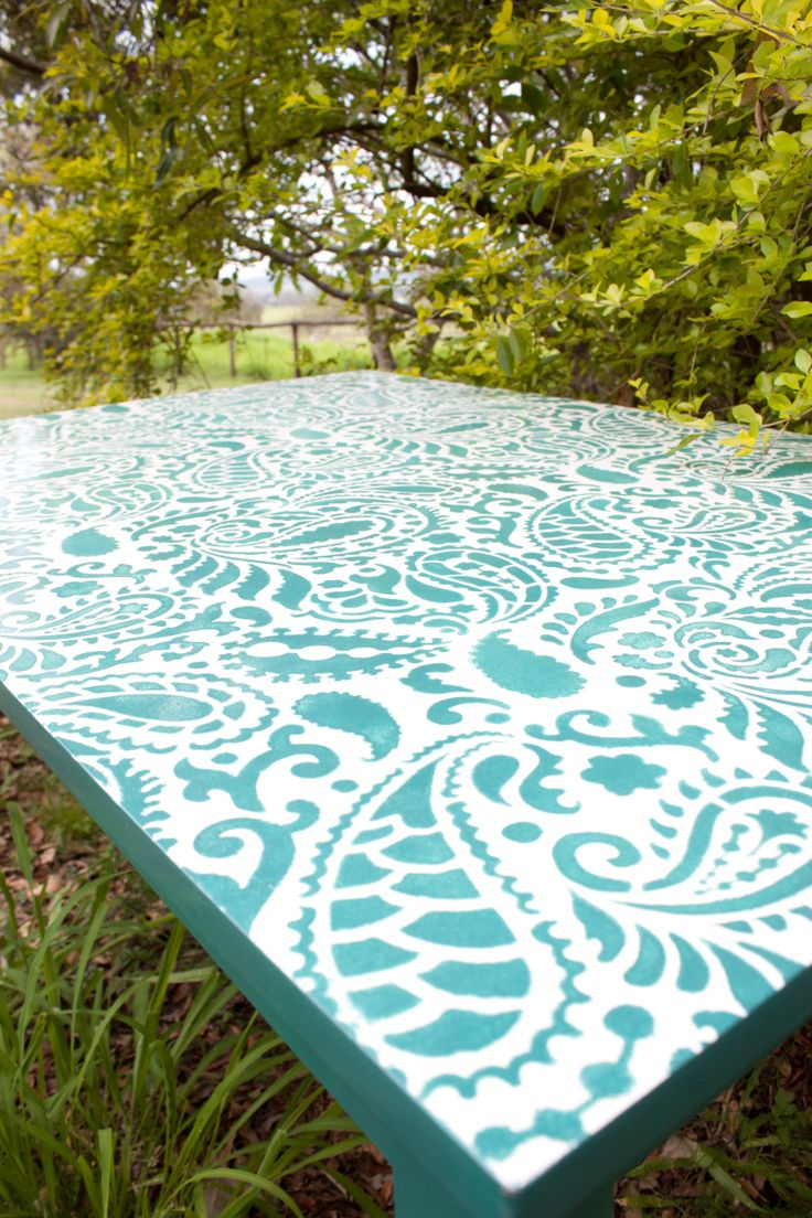 Paisley stencilled table. Peacock green. High gloss finish. See Nine Stitches on Facebook for more pictures... https://www.facebook.com/pages/Nine-Stitches/1395225480724976