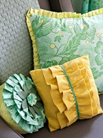 Pillows with Fringe : Step-by-step sewing instructions to make these quick and easy pillows with pleats and ruffles.