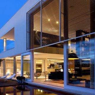 Casa Capital, Brasilia / Architecture Ney Lima (fot. Clausem Boniface)