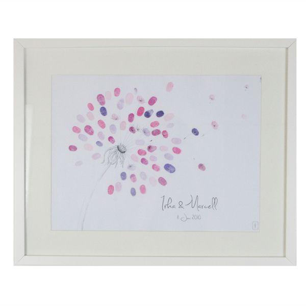 """Der Wedding Tree """"Pusteblume"""" ist ein besonderes Gästebuch für individudelle Hochzeiten. Jeder Gast kann sich mit einem Fingerabdruck und seinem Namen verewigen."""