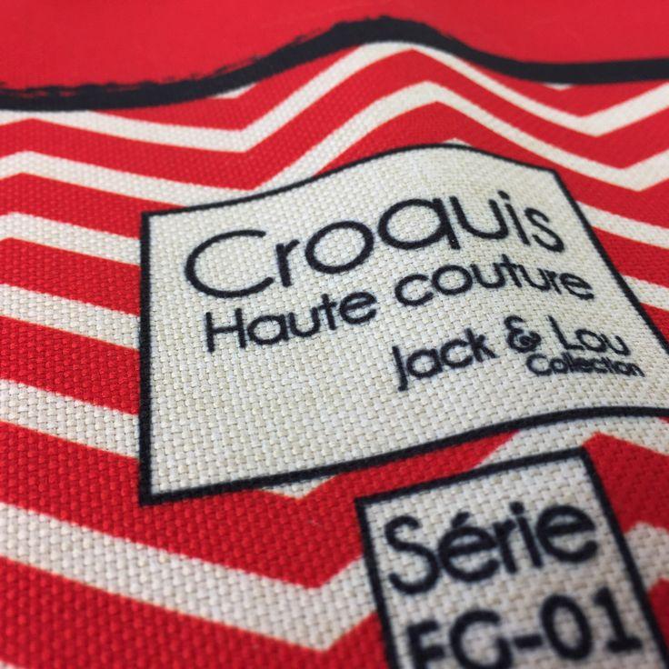 Le chouchou de ma boutique https://www.etsy.com/ca-fr/listing/500187246/foulard-pour-chiengrandeur-grand-foulard