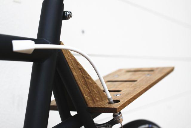 David Qvick // DV01 bike // wooden handlebars and wooden back wheel rack - mudflap