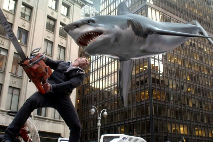Jaws célêbre: 'Sharknado 2' is here to chomp your Twitter feed