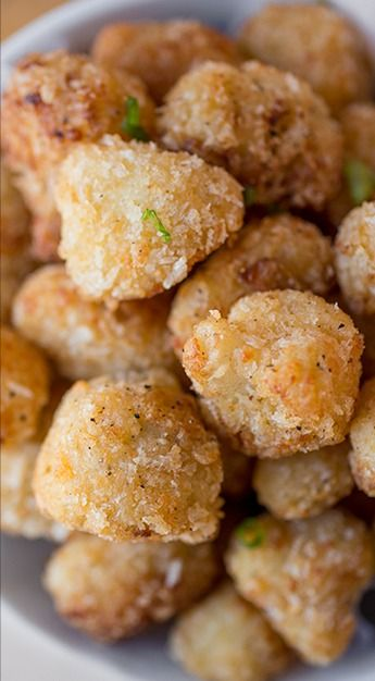 """Crispy Parmesan-Cauliflower """"Poppers"""" will try it with low carb flour and bacon rinds instead of panko for low carb diet"""