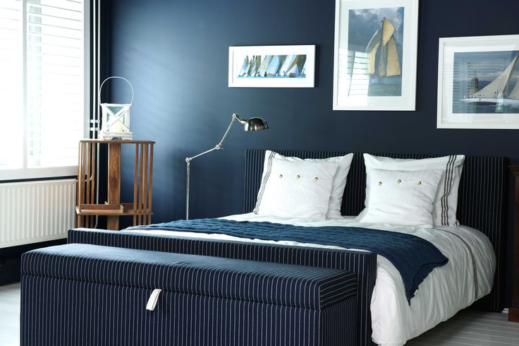 25 beste idee n over donkerblauw slaapkamers op pinterest for Beste kleur slaapkamer