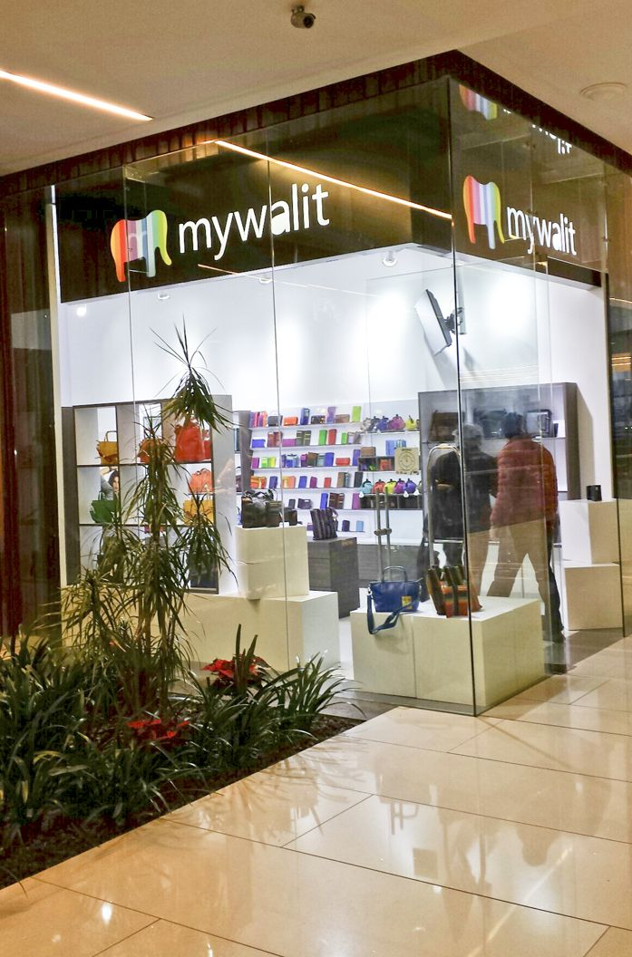 the official mywalit shop in Santa Fe mall, Mexico!