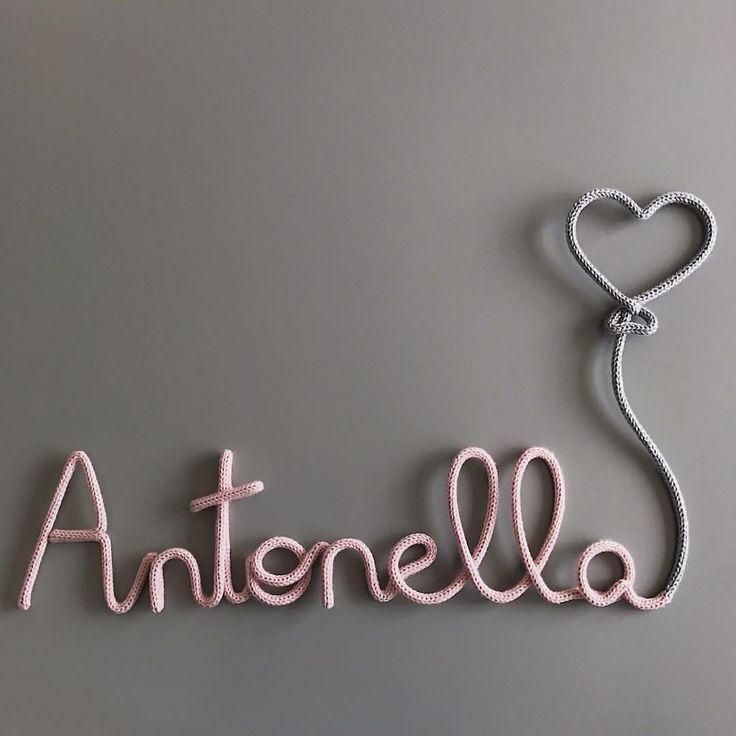 """1,320 curtidas, 103 comentários - 100%  e  (@acheioqueeuqueria) no Instagram: """"Antonella Para encomendar acesse o site - link no perfil☝️e escolha o modelo 'Nome com balão…"""""""