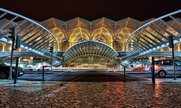 """Lisbon - this is train station that leads to the modern part of the city.From here, you can go to Shopping Center """"Vasco da Gama"""" and to the Nations park."""