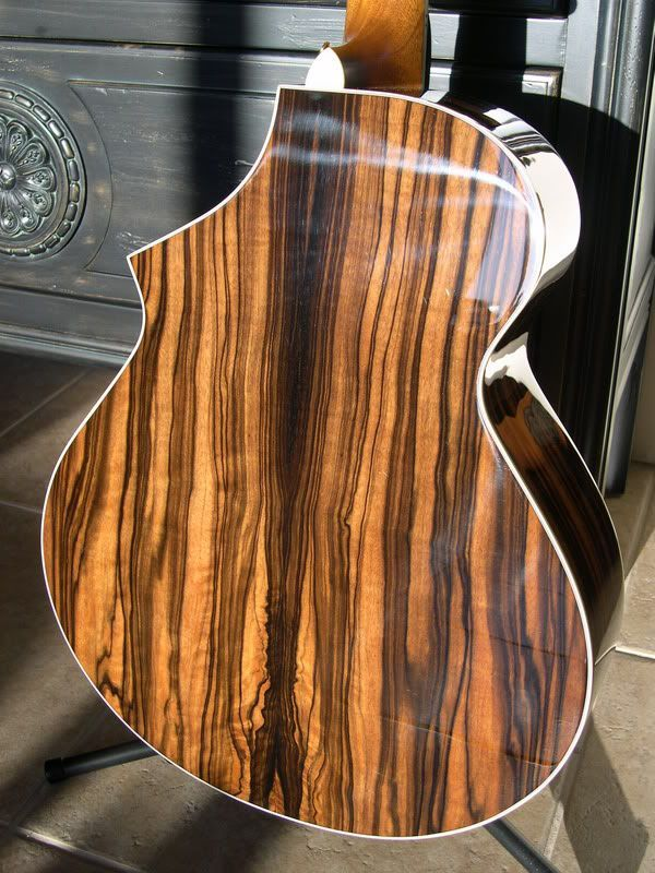 1000 images about beautiful acoustic guitars on pinterest chrome finish santa cruz and gretsch. Black Bedroom Furniture Sets. Home Design Ideas