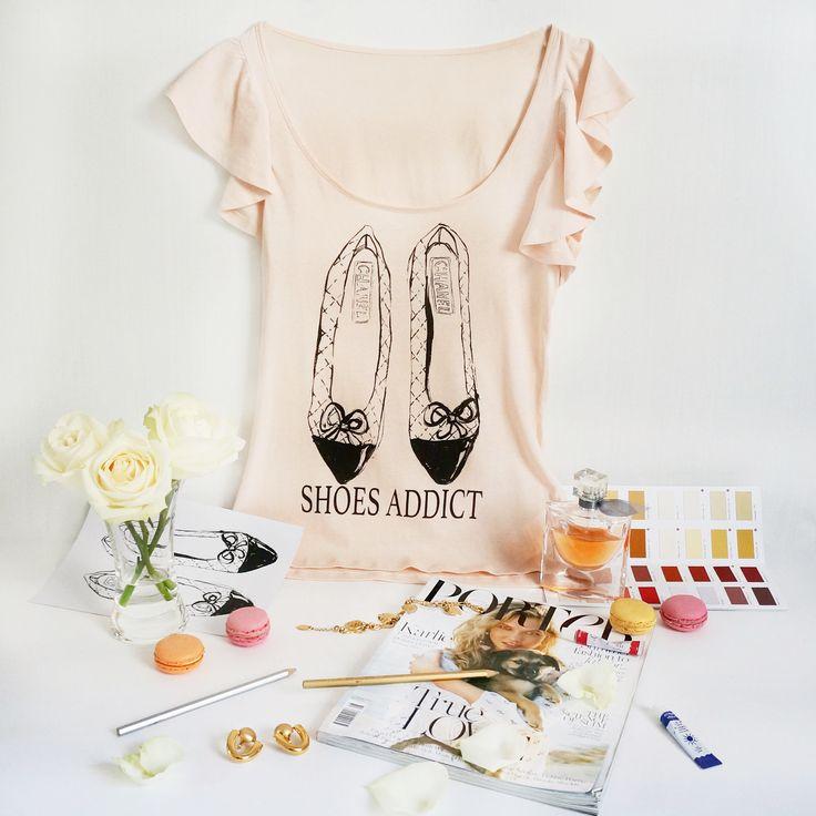 """Дизайнерские женские футболки """"Shoes Addict. Chanel"""".  размеры S, M. Тончайший летний хлопок. !!!! ЦЕНА 490 руб !!!!!"""