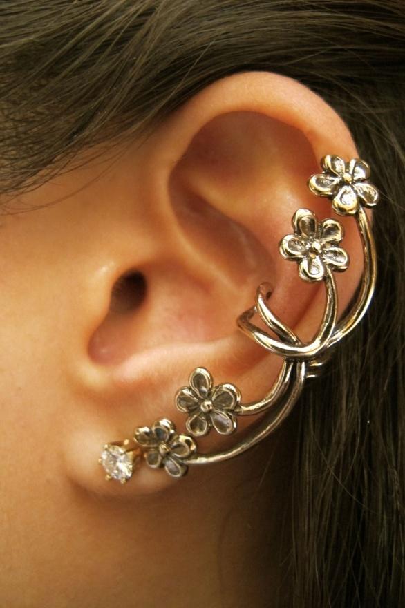 ear cuff ear wrap: Style, Cuffs Earrings, Piercing, Ear Cuffs, Jewelry, Flowers Ears, Accessories, Earcuff, Ears Cuffs