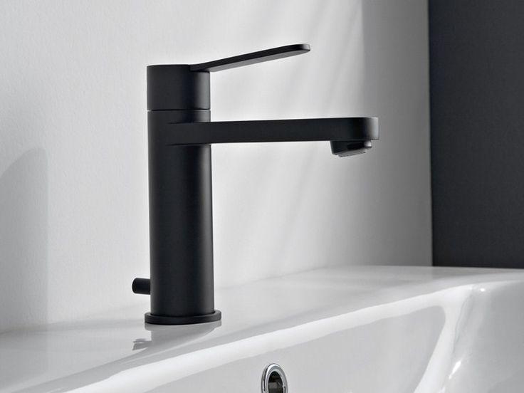 ZAZZERI TREND Miscelatore per lavabo da piano realizzati in ottone con finitura cromo o acciaio spazzolato o mat bianca o nera verniciata a spruzzo.